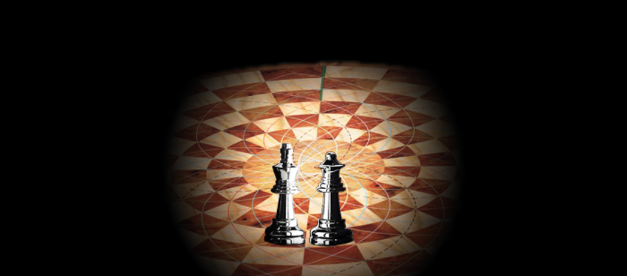King_and_Queen_on_triune_chessboard1
